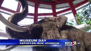 Area families enjoy free day at the museum [Video]