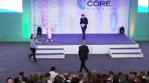 Emotional moment Harry presents award at Coach Core [Video]