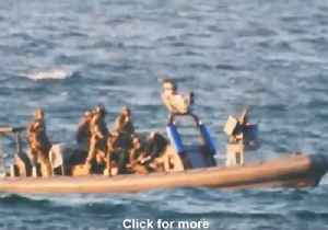 Israeli Navy Blocks Palestinian Boats Trying to Break Siege, Say Reports [Video]