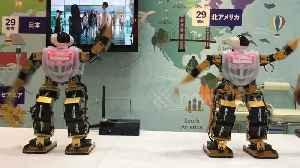 Robots dance to PSY's Gangnam Style at Tourism Japan EXPO [Video]