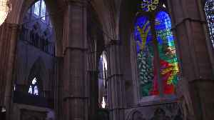 Hockney 'Queen's window' unveiled at Westminster Abbey [Video]