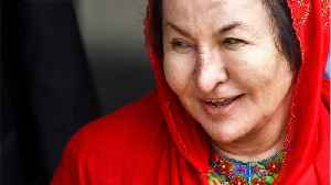 Malaysia's Former First Lady Questioned By Anti-Graft Investigators [Video]