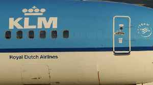 Air France/KLM CEO Says France Could Sell Stake In Air Line [Video]