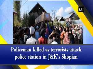 Policeman killed as terrorists attack police station in J&K's Shopian [Video]