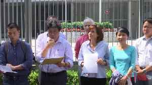 Journalists Protest After Hong Kong Denies Visa to a Financial Times Editor [Video]
