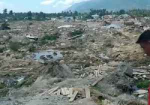 Palu Earthquake Leaves Village Swallowed by Mud; Aftershocks Cause Panic at Hospital [Video]