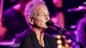 Fleetwood Mac's Lindsey Buckingham Suing Bandmates After Being Kicked Off Tour | THR News [Video]