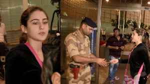Sara Ali Khan STOPPED by security at Mumbai airport; Watch Video | FilmiBeat [Video]