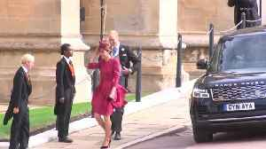Right Now: Prince Harry, Meghan Markle, Prince William, Kate Middleton arrive at Princess Eugenie's wedding [Video]