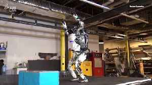 This Boston Dynamics Robot's Parkour Skills are Eerily Human [Video]