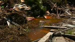 Hope fades in search for hurricane survivors [Video]