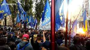 Ukranian nationalists march in Kiev to honour WWII-ear paramilitary group [Video]