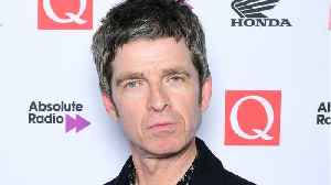 Noel Gallagher Takes Home Two Q Awards At Annual Ceremony [Video]
