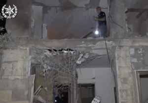 House in Israeli City of Beersheba Hit by Rocket Fired From Gaza [Video]