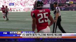 USM alum/ Falcons rookie Ito Smith first to score rushing TD in 3 straight games [Video]