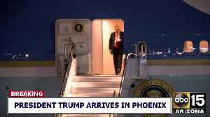 President Trump exits Air Force One, departs for Scottsdale hotel [Video]