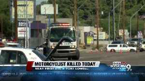 Police: Motorcycle rider ran read light before dying in wreck [Video]