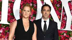 Amy Schumer Announces Baby News [Video]