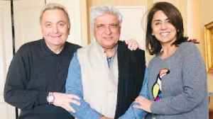 Rishi Kapoor looks SLIM in new his latest photo; Check Out Here | FilmiBeat [Video]