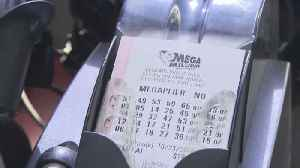 Mega Millions $1.6 billion jackpot spurs crowds to travel for tickets [Video]