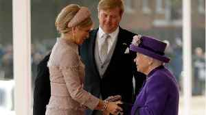 Queen Elizabeth II Hosts Dutch King And Queen At Palace [Video]