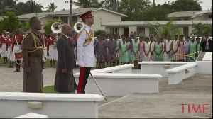 Prince Harry Lays Wreath of Poppies in Honor of Fiji War Veterans [Video]