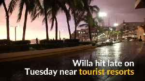 Hurricane Willa batters Mexico's Pacific coast [Video]
