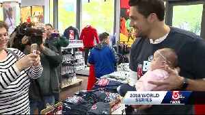 Sox star pitcher surprises fans at Boston area Modell's [Video]