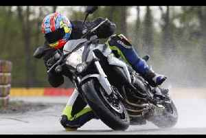 Sports touring tyres wet weather test [Video]