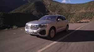 Volkswagen Touareg in Marocco on the road [Video]