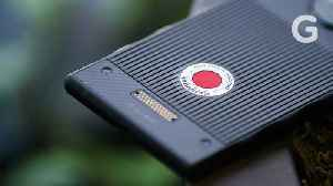 RED Hydrogen One Review: Testing The First 3D Screen | Gizmodo [Video]