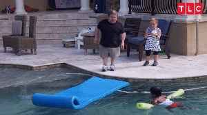'The Little Couple': Zoey and Will Go For A Swim in Ther New Pool [Video]