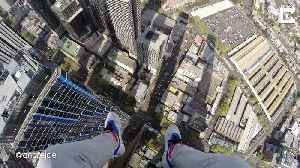 Young climber banned from Australia after scaling 777ft skyscraper for death defying selfie [Video]