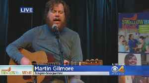 Martin Gilmore Performs At Swallow Hill Music [Video]