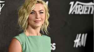 Julianne Hough To Play Jolene In Dolly Parton Show [Video]