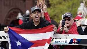 Firefighter shares story of Alex Cora's Puerto Rico flag [Video]