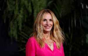 Julia Roberts: 'I wasn't making a statement with armpit hair' [Video]