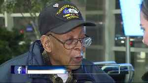 96-year-old Tuskegee Airman gets special welcome to Michigan home [Video]