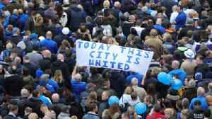 Leicester City fans walk to honour chairman [Video]
