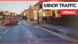 High speed car chase with 51-year-old Morris Minor [Video]