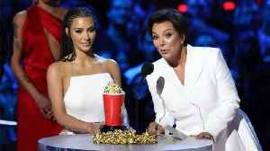 Kardashians Use People's Choice Awards Speech To Thank Firefighters [Video]