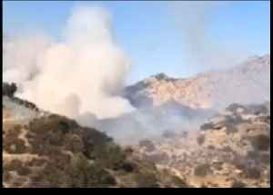 Firefighters Battle Brush Fire in Simi Valley [Video]