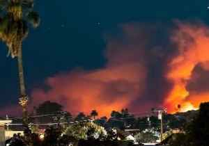 Timelapse Footage Shows Woolsey Fire Lighting Up the Skies of Malibu [Video]