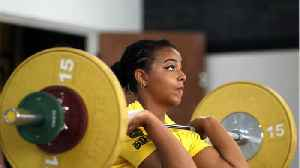 5 Reasons You Should Try Weight Training [Video]