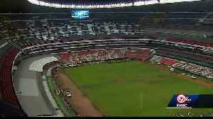 Veteran groundskeeper weighs in on poor field at Mexico City's Azteca Stadium [Video]