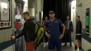 Sock tries to break into Federer's changing room! [Video]