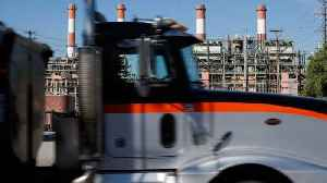 EPA Mulls Rule Changes to Reduce Heavy-Duty Truck Pollution [Video]