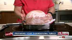 How to start preparing your Thanksgiving turkey [Video]