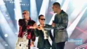 Marc Anthony, Bad Bunny & Will Smith Perform 'Esta Rico' for the First Time at the 2018 Latin Grammys | Billboard News [Video]