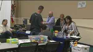 Assistance Center Opens In Thousand Oaks For Fire Victims [Video]